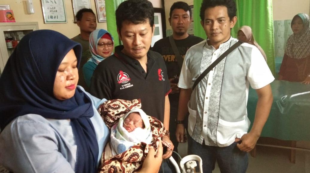 Warga Ciawiasih Kecamatan Susukanlebak Digegerkan Penemuan Bayi Dalam Ember