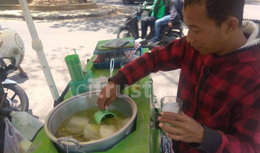 Es Tape Bakung, Minuman Khas Cirebon yang Menyegarkan
