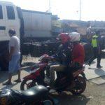 Kontainer Terguling di Eretan Indramayu, Arus Lalu Lintas Tersendat