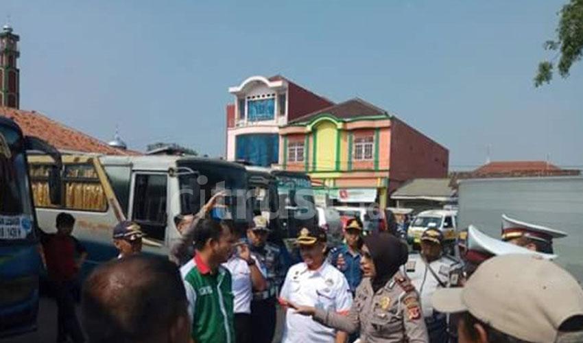 Antisipasi Lakalantas, Satlantas Polres Majalengka Cek Urine Sopir Bus Antar Kota