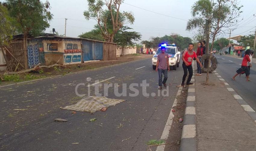 Tergeletak di Tengah Jalan, Seseorang Tanpa Identitas Tewas Mengenaskan