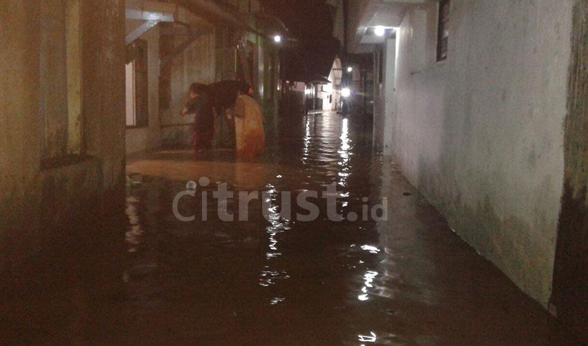 Banjir-Astanajapura