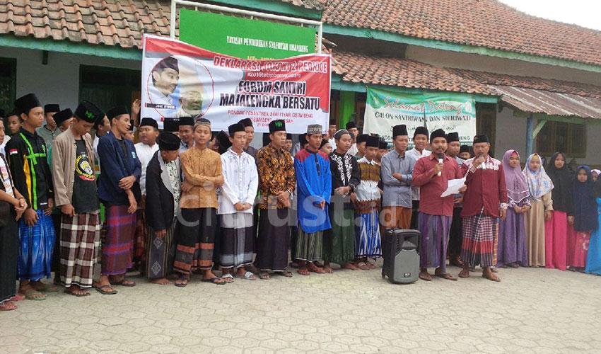 Forum Santri Majalengka Bersatu Deklarasi Jokowi 2 Periode