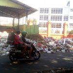 Sampah di Kawasan Stadion Bima Meluap, Pemerintah Dinilai Hanya Obral Janji