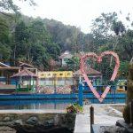 Objek Wisata Cigugur Manjakan Pengunjung dengan Wahana Air dan Terapi Ikan
