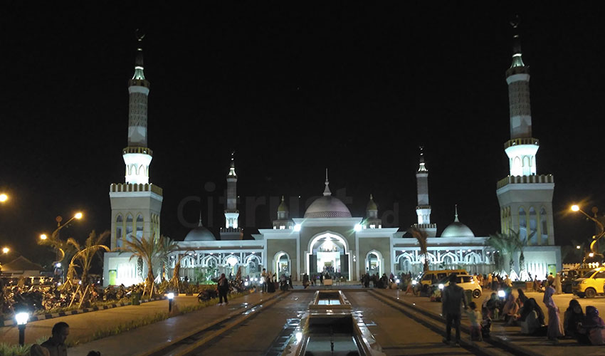 Masjid-Islamic-Centre