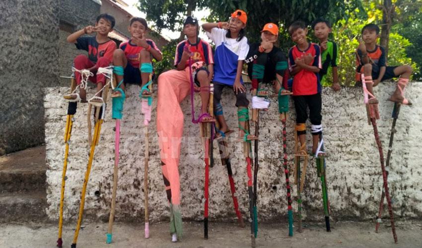 Jangkungan, Melihat Anak-anak Mencintai Permainan Tradisional