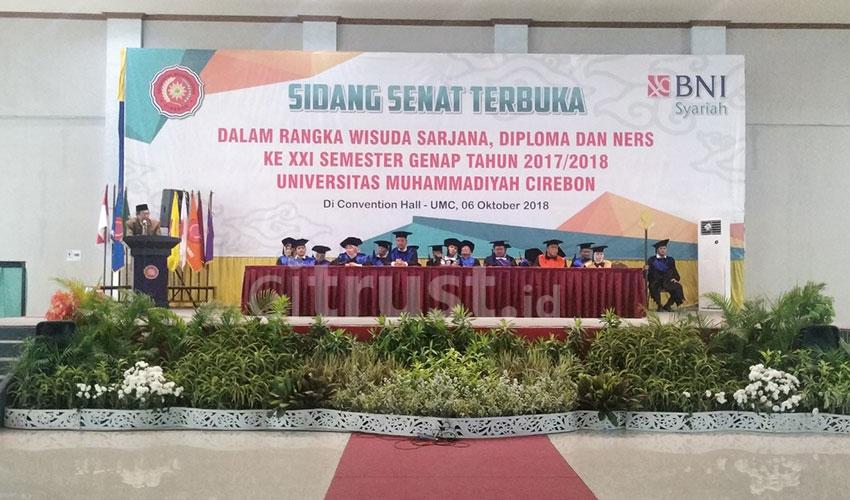 Gelar Wisuda XXI, Universitas Muhammadiyah Cirebon (UMC) Siap Bersaing di Revolusi 4.0
